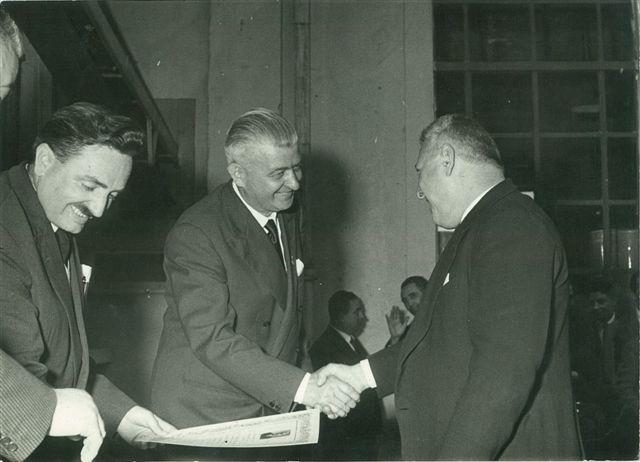 29 - Altro riconoscimento e sentite congratulazioni al sig. Carlo TOMMASONI
