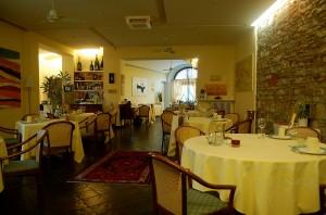 Una veduta della sala del ristorante Arti di Bergamo