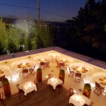 I tavoli in giardino, godibilissimi in estate